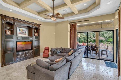 7726-Markham-Bend-Pl--Sanford--FL-32771----12---Family-Room.jpg