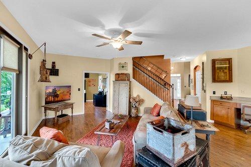202-Ridgeway-Blvd--DeLand--FL-32724----11---Family-Room.jpg