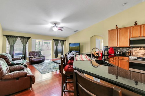 7019-Hiawassee-Overlook-Dr--Orlando--FL-32835----09---Family-Room.jpg