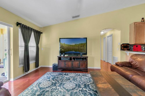 7019-Hiawassee-Overlook-Dr--Orlando--FL-32835----11---Family-Room.jpg