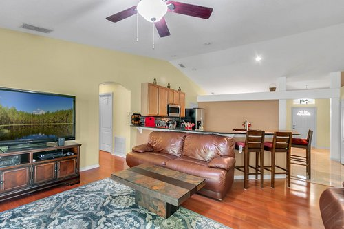 7019-Hiawassee-Overlook-Dr--Orlando--FL-32835----12---Family-Room.jpg