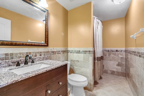 7019-Hiawassee-Overlook-Dr--Orlando--FL-32835----21---Bathroom.jpg