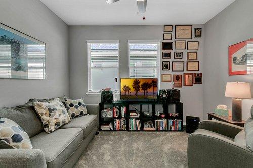 223-Silver-Maple-Rd--Groveland--FL-34736----04---Family-Room.jpg