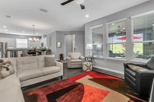 223-Silver-Maple-Rd--Groveland--FL-34736----07---Family-Room.jpg