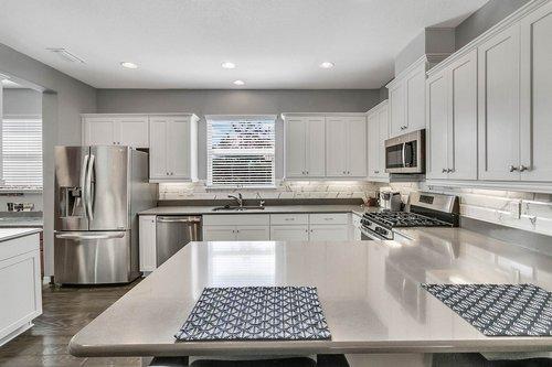 223-Silver-Maple-Rd--Groveland--FL-34736----09---Kitchen.jpg
