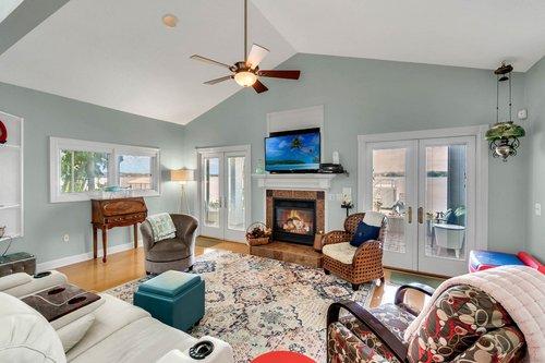 2209-Hoffner-Ave--Belle-Isle--FL-32809----06---Family-Room.jpg