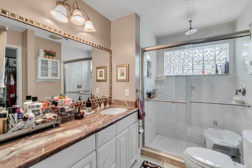 2209-Hoffner-Ave--Belle-Isle--FL-32809----16---Master-Bathroom.jpg