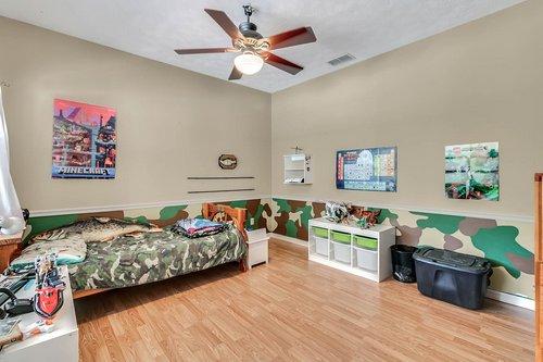 5585-SE-42nd-Ct--Ocala--FL-34480---19---Bedroom.jpg