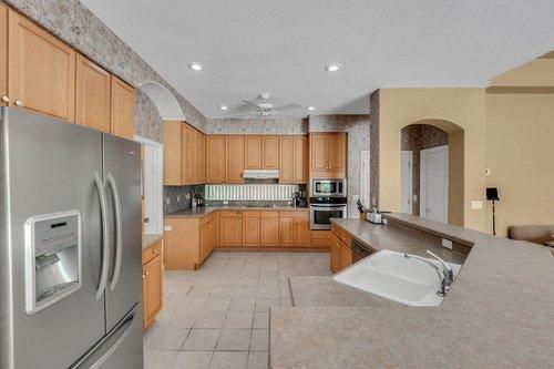 8245-Lake-Serene-Dr--Orlando--FL-32836---17---Kitchen.jpg