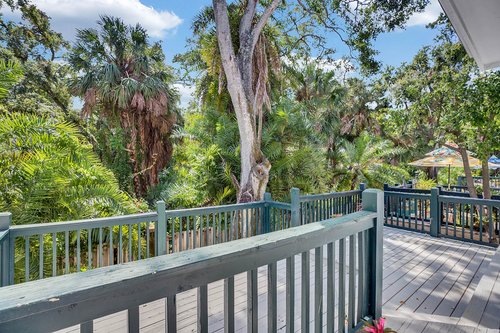 5001-Pilgrims-Path-Way-Apt.-G-Tampa--FL-33611--45--Deck-1---2.jpg