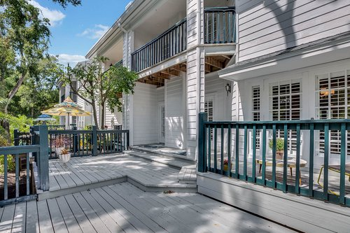 5001-Pilgrims-Path-Way-Apt.-G-Tampa--FL-33611--46--Deck-1---3.jpg