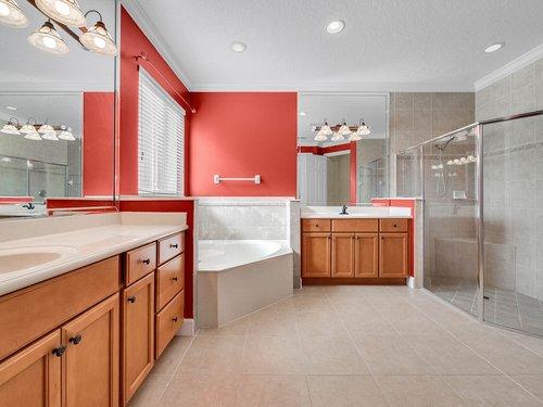 177-Osprey-Hammock-Trail--Sanford--FL-32771---29---Master-Bathroom.jpg