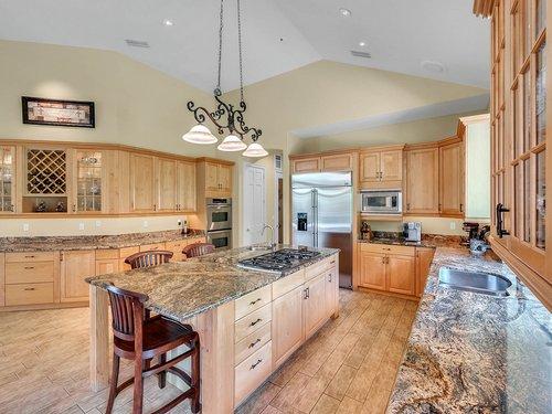1665-Bridgewater-Dr--Lake-Mary--FL-32746----17---Kitchen.jpg