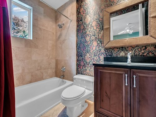 1665-Bridgewater-Dr--Lake-Mary--FL-32746----36---Bathroom.jpg
