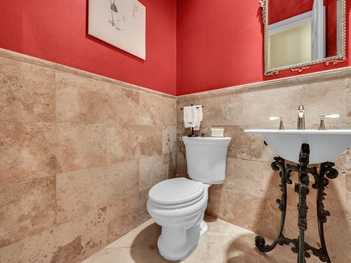 1665-Bridgewater-Dr--Lake-Mary--FL-32746----37---Bathroom.jpg