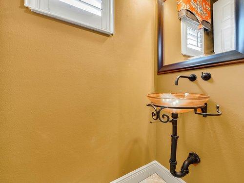 1665-Bridgewater-Dr--Lake-Mary--FL-32746----39---Bathroom.jpg
