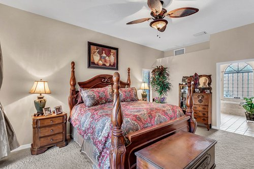 5720-Crestview-Dr--Lady-Lake--FL-32159----13---Master-Bedroom.jpg