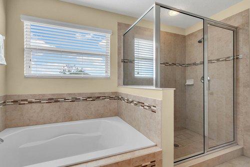 4351-Saltmarsh-Sparrow-Dr--Windermere--FL-34786----15---Master-Bathroom.jpg