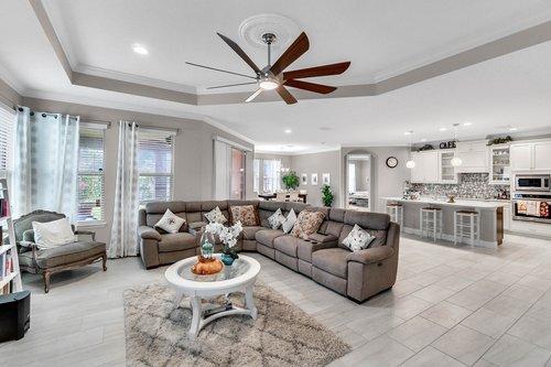 10399-Atwater-Bay-Drive--Winter-Garden--FL-34787----06---Family-Room.jpg