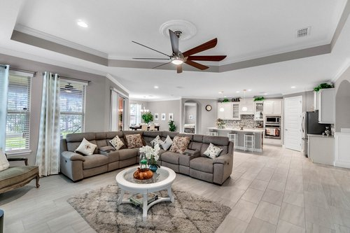 10399-Atwater-Bay-Drive--Winter-Garden--FL-34787----07---Family-Room.jpg