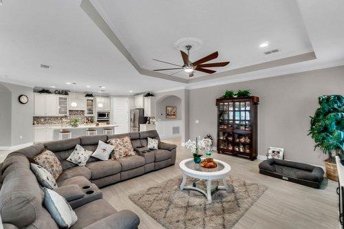 10399-Atwater-Bay-Drive--Winter-Garden--FL-34787----08---Family-Room.jpg