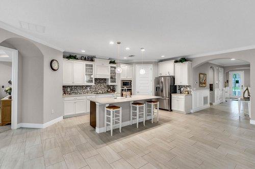 10399-Atwater-Bay-Drive--Winter-Garden--FL-34787----10---Kitchen.jpg