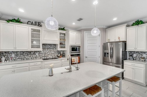 10399-Atwater-Bay-Drive--Winter-Garden--FL-34787----12---Kitchen.jpg