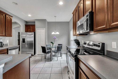 5529-Remsen-Cay-Ln--Windermere--FL-34786-f---07---Kitchen.jpg