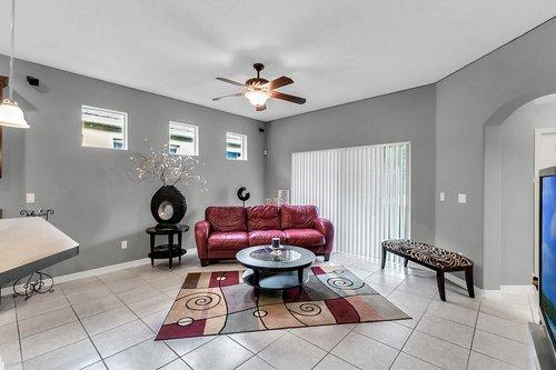 5529-Remsen-Cay-Ln--Windermere--FL-34786-f---12---Family-Room.jpg