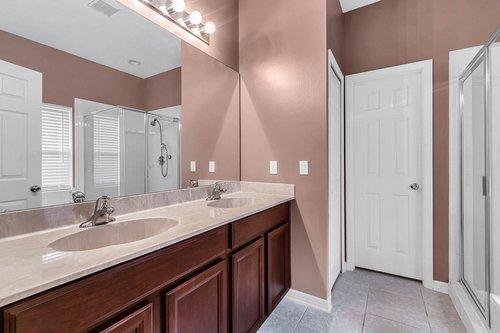 5529-Remsen-Cay-Ln--Windermere--FL-34786-f---19---Bathroom.jpg