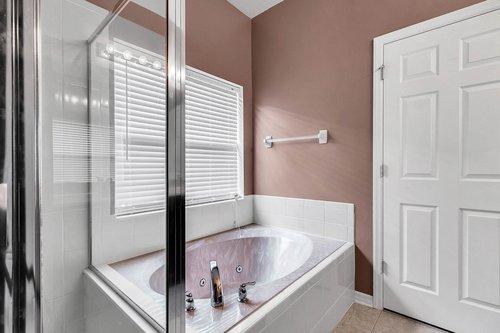 5529-Remsen-Cay-Ln--Windermere--FL-34786-f---20---Bathroom.jpg