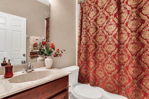 5529-Remsen-Cay-Ln--Windermere--FL-34786-f---22---Bathroom.jpg