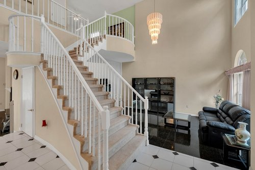 9208-Bay-Hill-Blvd--Orlando--FL-32819----08---Foyer.jpg