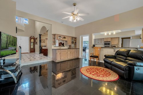 9208-Bay-Hill-Blvd--Orlando--FL-32819----11---Family-Room.jpg
