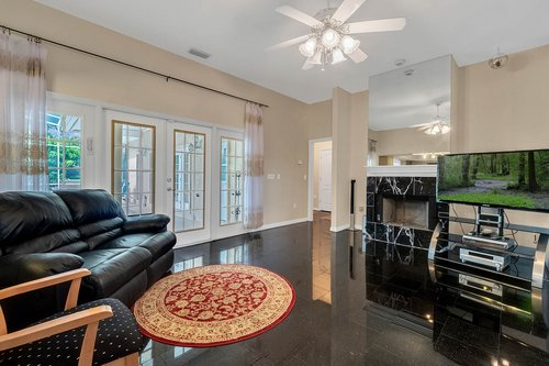 9208-Bay-Hill-Blvd--Orlando--FL-32819----13---Family-Room.jpg