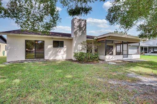 15918-Mystic-Way-Tampa--FL-33624--27--Exterior-Back.jpg