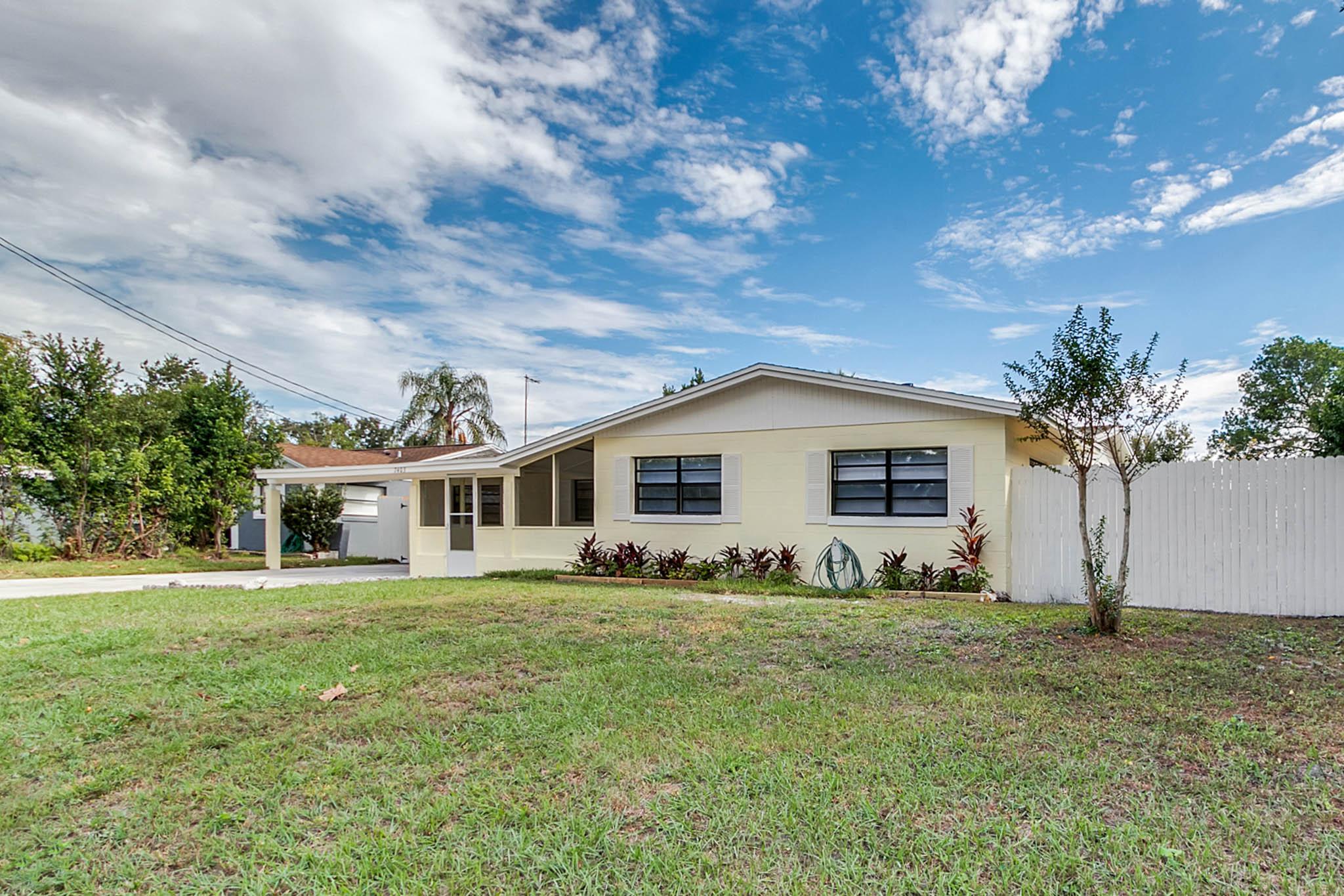 7403-Brockbank-Dr--Orlando--FL-32809---02---.jpg