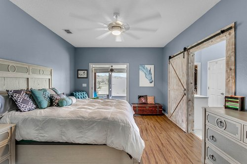 18913-Starcrest-Ln--Clermont--FL-34715----17---Master-Bedroom.jpg