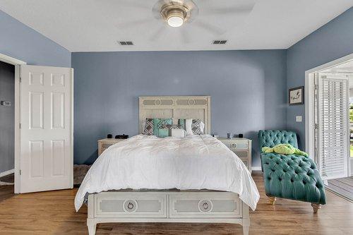 18913-Starcrest-Ln--Clermont--FL-34715----18---Master-Bedroom.jpg