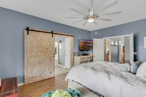 18913-Starcrest-Ln--Clermont--FL-34715----19---Master-Bedroom.jpg