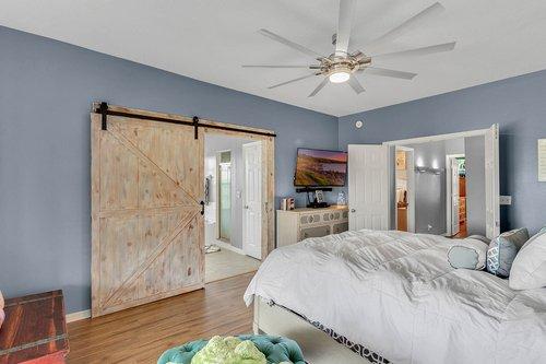 18913-Starcrest-Ln--Clermont--FL-34715----19---Master-Bedroom.jpg