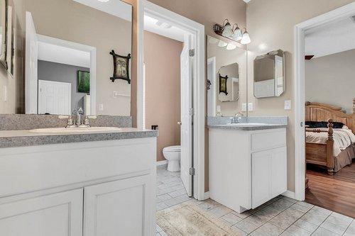18913-Starcrest-Ln--Clermont--FL-34715----26---Bathroom.jpg