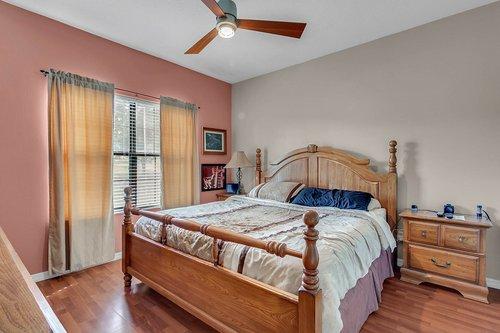 18913-Starcrest-Ln--Clermont--FL-34715----27---Bedroom.jpg