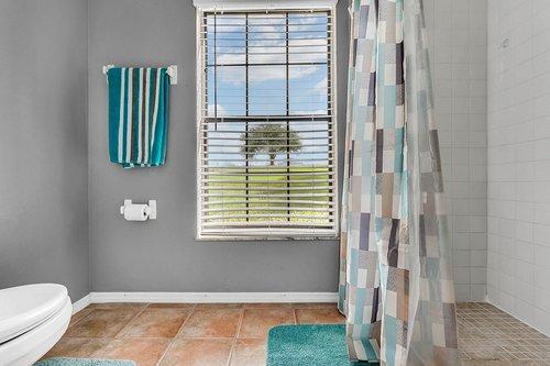 18913-Starcrest-Ln--Clermont--FL-34715----30---Bathroom.jpg