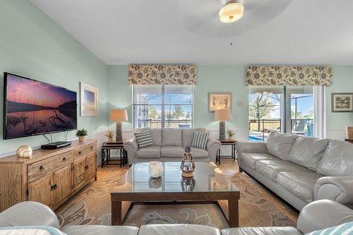 1403-Wexford-Way--Davenport--FL-33896----08---Family-Room.jpg