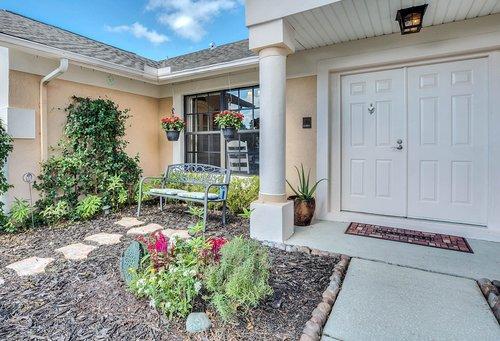 3221-Oakwood-Pl.-Tarpon-Springs--FL-34688--02--Entrance.jpg