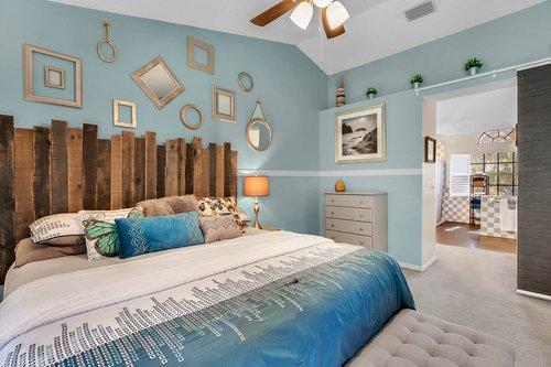 3221-Oakwood-Pl.-Tarpon-Springs--FL-34688--17--Owner-s-Suite-1----3-copy.jpg