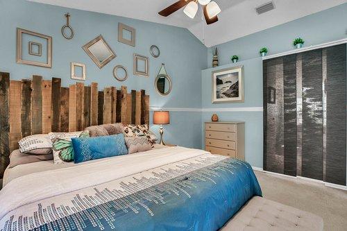 3221-Oakwood-Pl.-Tarpon-Springs--FL-34688--18--Owner-s-Suite-1-----4.jpg