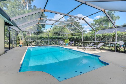3221-Oakwood-Pl.-Tarpon-Springs--FL-34688--27--Pool-1---1.jpg