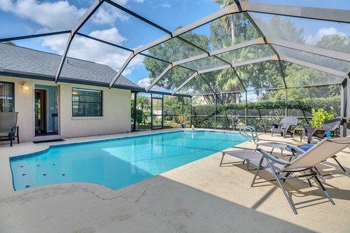 3221-Oakwood-Pl.-Tarpon-Springs--FL-34688--28--Pool-1---2.jpg